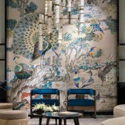 a lenyűgöző pávás mozaikfal